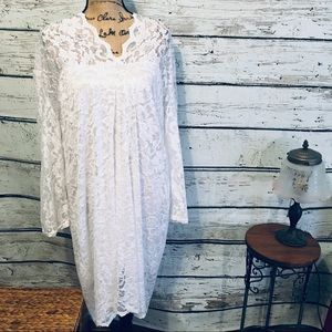 Dresses & Skirts - Idreammart 🌻NWT White Lace Dress Long Sleeves